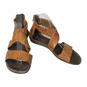Pikolino braided brown leather crossover sandals